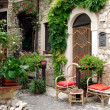 Small square between the houses of Assergi - Abruzzo - Italy — Stock Photo