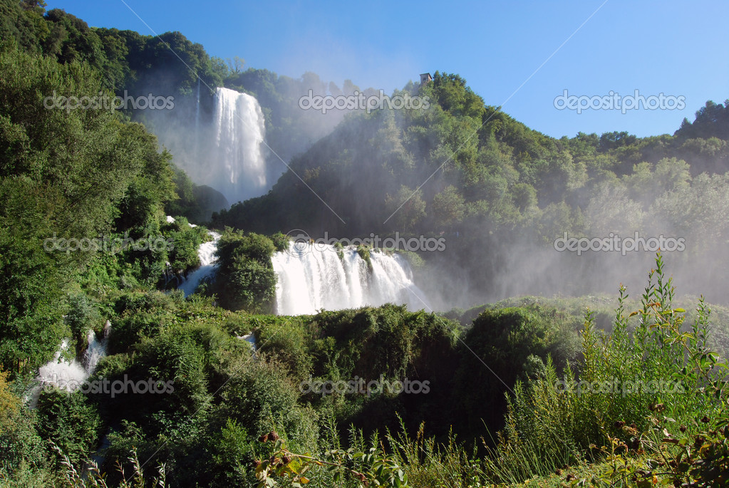 A spectacular view of the Falls Marmore in Umbria — Stock Photo #6063798