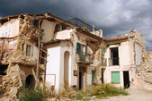The rubble of the earthquake in Abruzzo (Italy) — Stock Photo