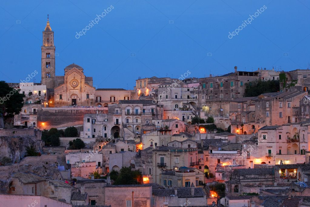 Overview of Matera city in the Sunset — Stock Photo #6716381