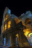 A view of the Colosseum at night — Stock Photo