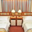 Front view of luxurious resort room - Foto Stock