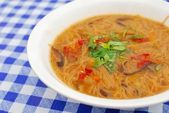 Chinese style vegetarian noodles — Stock Photo
