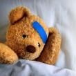 病気のテディ — ストック写真