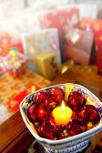 Svíčka a koule — Stock fotografie