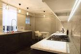 Einbauküche mit marmor counter — Stockfoto