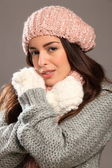 Young beauty warm in winter gear — Stock Photo