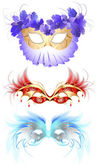 Carnival masks with feathers — Stock Vector