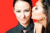 Kiss cheek girls — Stockfoto