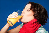 Woman pain throat juice — Stock Photo