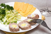 Meat roll with quail eggs — Stock Photo
