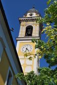 Yellow clock tower — Stock Photo