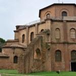 St. Vitale basilica church exterior — Stock Photo