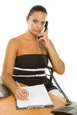 Mladá podnikatelka drží telefon funguje — Stock fotografie