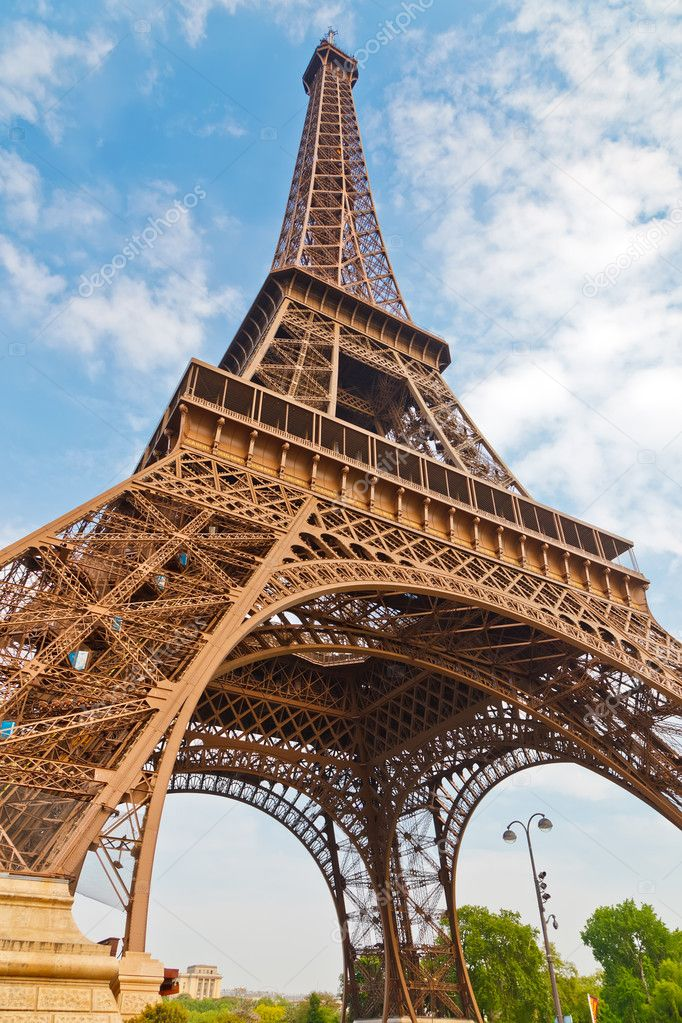 Eiffel Tower, Paris, France  — Stock Photo #5907386