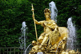 Fountain in the park of Versailles — Stock Photo