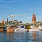 Frankfurt am main, bridge across Main river — Stock Photo #6222297
