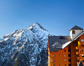 Hotel in French Alps — Stock Photo