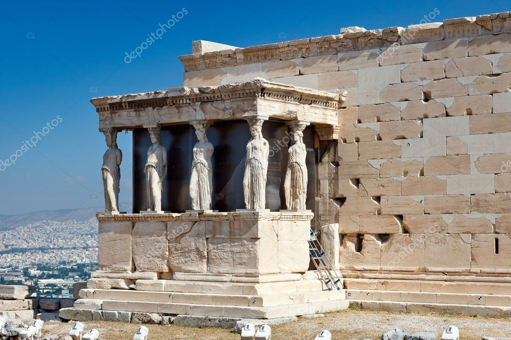 Caryatids on Erechtheum temple in Acropolis, Athens — Stock Photo #6232256