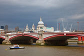 St. Paul Cathedral and Blackfriar's Bridge — Stock Photo