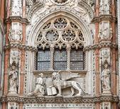 Venedik aslan ve doge — Stok fotoğraf