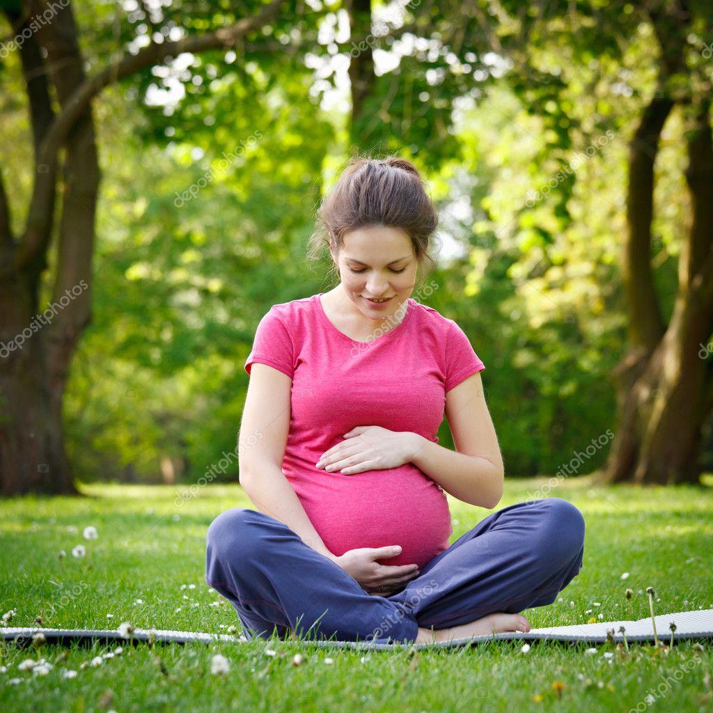 Фото беременной женщины 26 фотография