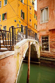 Small bridge in Venice — Stock Photo