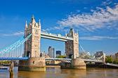 Tower bridge w londynie, wielka brytania — Zdjęcie stockowe