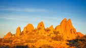 Rocks in Joshua Tree National Park illuminated by sunset, Mojave Desert, Ca — Stock Photo