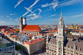 Aerial view of Munchen: Marienplatz, New Town Hall and Frauenkirche — Stok fotoğraf