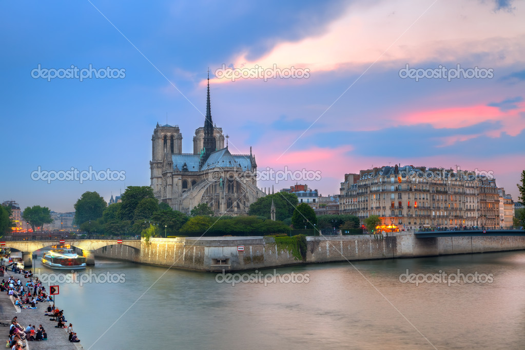 Notre Dame de Paris at dusk  Stock Photo #6717283