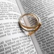 Ring on the Bible — Foto Stock