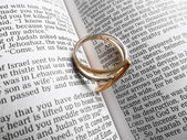 Ring on the Bible — Stock Photo