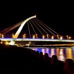 Shinning bridge — Stock Photo