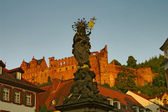 Kornmarkt Madonna and Castle, Heidelberg — Stockfoto
