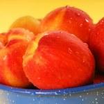 Fresh Georgia peaches — Stock Photo #5978947