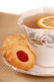 Raspberry thumbprint cookies — Stock Photo