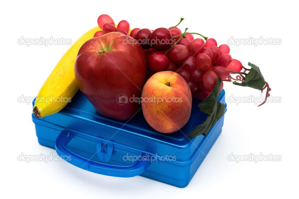 Health bunch of fruit on top of a lunchbox, Healthy School Lunch — Stock Photo #6403152