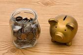 Değişim kavanoza para tasarrufu — Stok fotoğraf