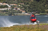 Firefighting helicopter — Stockfoto