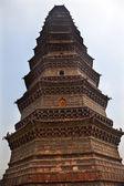 Alten eisen buddhistischen pagode kaifeng china — Stockfoto