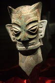 Bronze alien masque statue sanxingdui musée chengdu sichuan chine — Photo