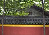 Mur jaune rouge baoguang si brillant au trésor che de temple bouddhiste — Photo