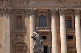 Saint Peter's Statue Basilica Outside Vatican Rome Italy — Stock Photo