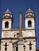 Trinita dei Monti French Church Top of Spanish Steps Obelisk Rom — Stock Photo