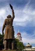 Standbeeld miguel hidalgo held van mexicaanse revolutie — Stockfoto