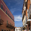 Street Orange Adobe Wall Balconies Flowers Guanajuato Mexico — Stock Photo