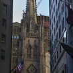 Trinity Church New York City Outside from Wall Street — Stock Photo