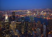 New York City Skyline East River Chrysler Building Night — Stock Photo