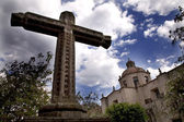 La Guadalupita Church Morelia Mexico with Stone Cross — Stock Photo